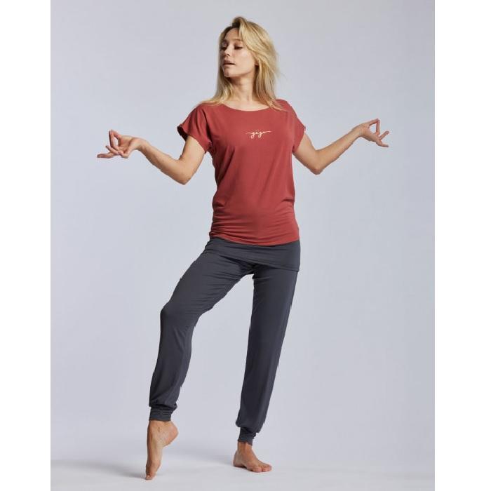 Ava yogi terracotta